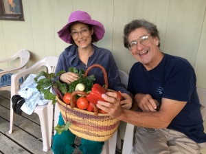 Don and Susannah w/veggies